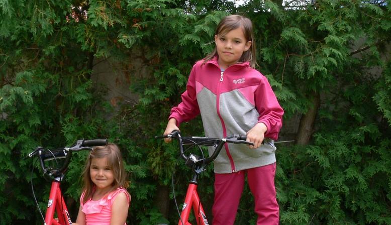 Výroba a prodej dětského oblečení